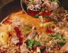 铁锅炖羊肉是陕北饮食文化中的难得的精华之作