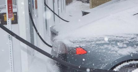 研究表明极端温度可将电动汽车行驶里程减半