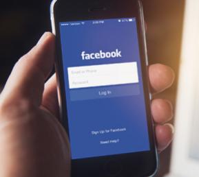 互联网动态:Facebook应用未获许可就激活手机摄像头